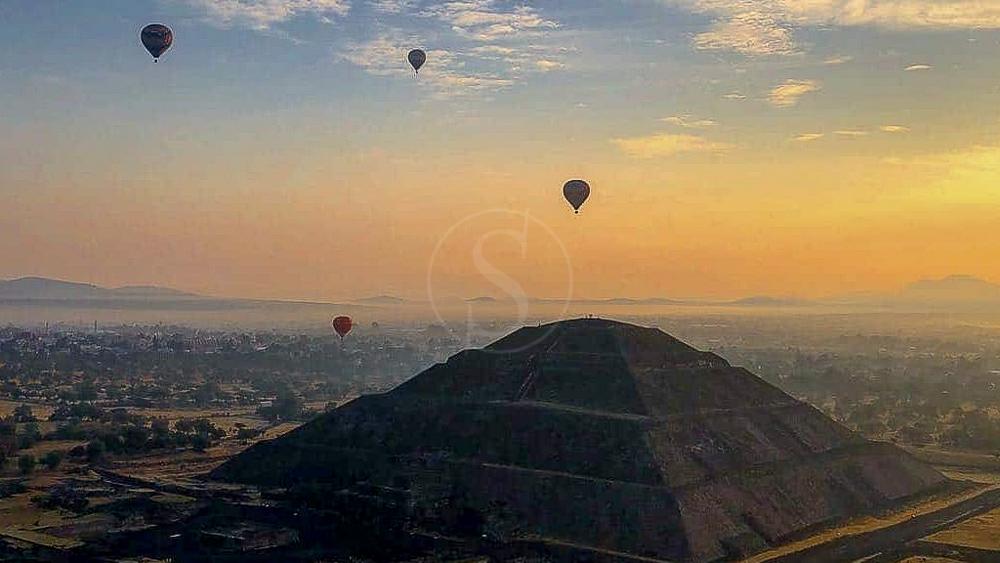 Montgolfières à Teotihuacan, Mexique