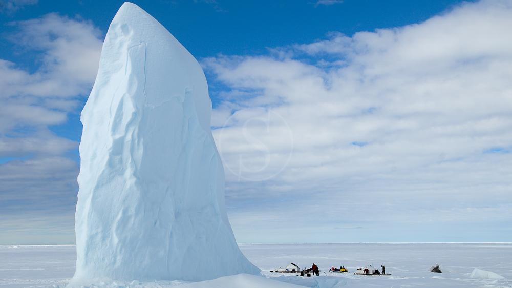Plongées sous glaces sur Baffin Island, Canada © Fernando Garcia