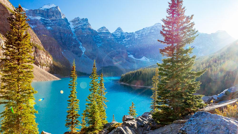 Lac Moraine dans l'Alberta, Canada