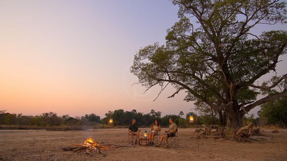 Safari à à pied à South Luangwa, Zambie © Robin Pope Safaris