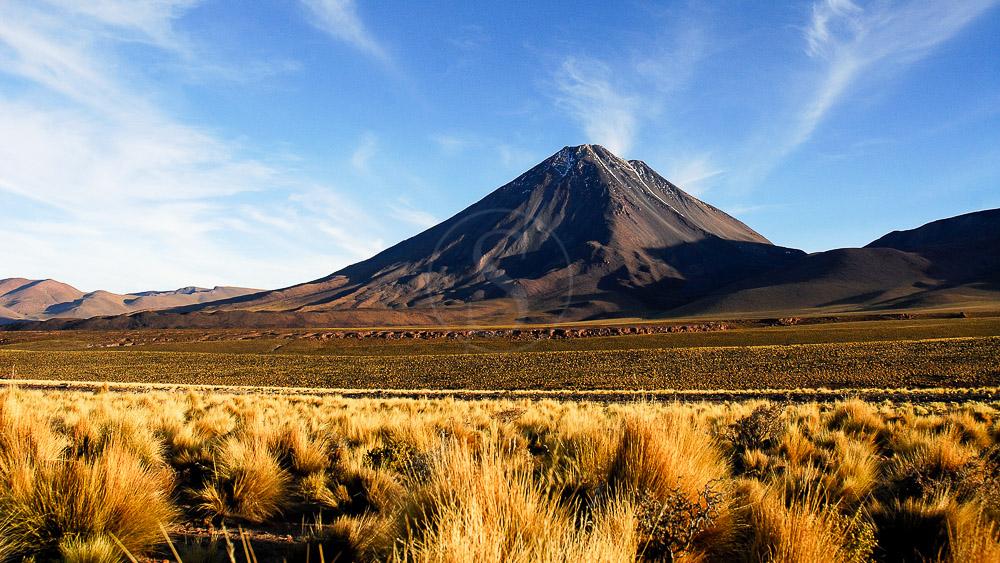 Le Licancabur, Atacama, Chili © Alain Pons