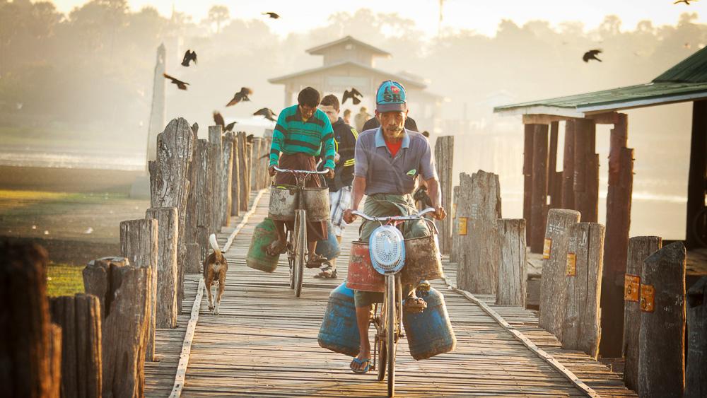 Pont U Bein à Amarapura, Birmanie