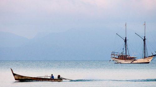 Voyage sur mesure en Indonésie et croisière de luxe privée, par Etendues Sauvages