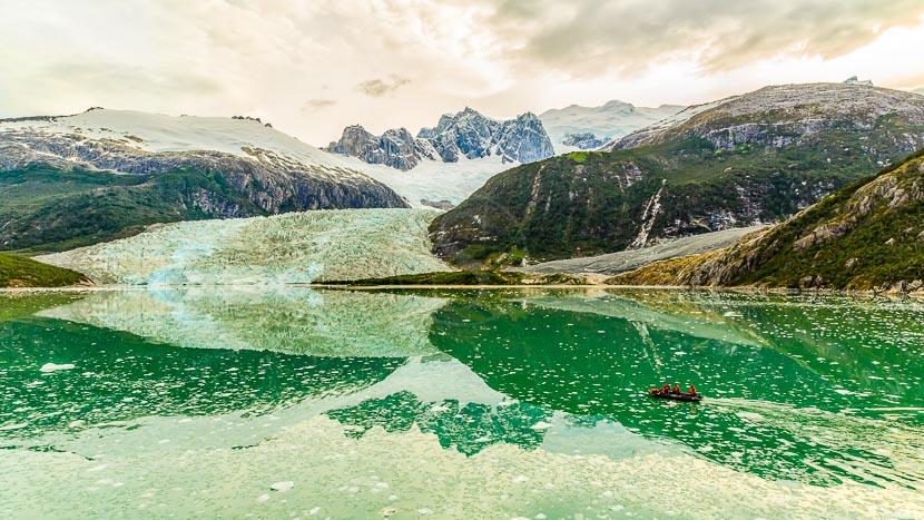 Glacier Pia en Terre de Feu, Chili @ Shutterstock