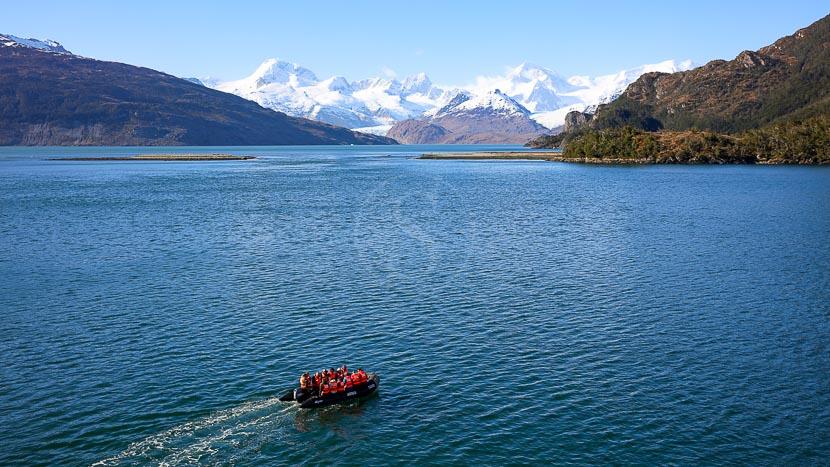 Ainsworth Bay en Terre de Feu, Chili @ Shutterstock