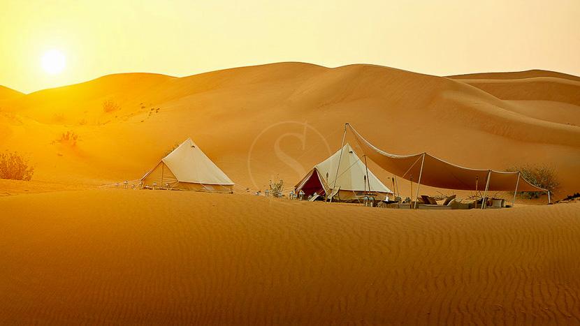 Camp privé dans le désert, Oman © Karim Hesham